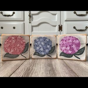 Set of three Farmhouse hydrangea flower blocks